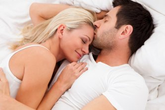 Tips on what never to do in bed and what to discuss before jumping in